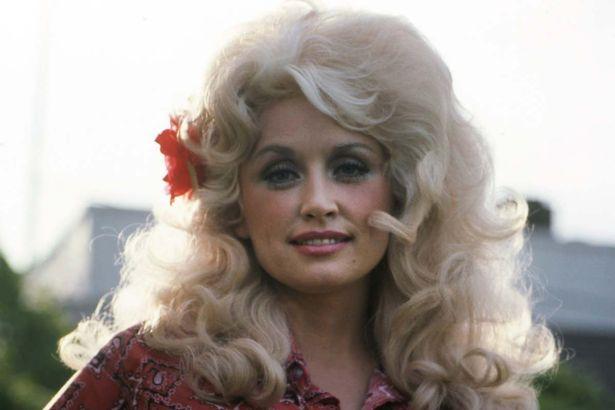 Dolly Parton's Plastic Surgery